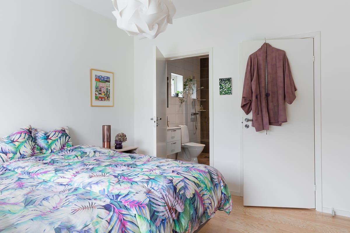 Sovrum, badrum och Walk in closet